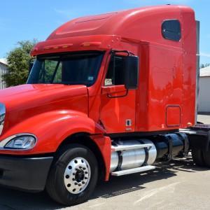 CNG DD60 Freightliner Truck 1